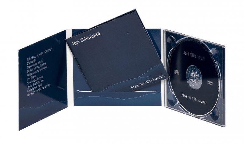 Digipak, 6-sivuinen + booklet